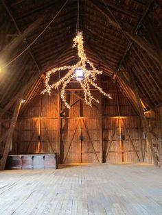 29eaf8563501b611770c79b1adfac965--barn-wedding-venue-barn-weddings